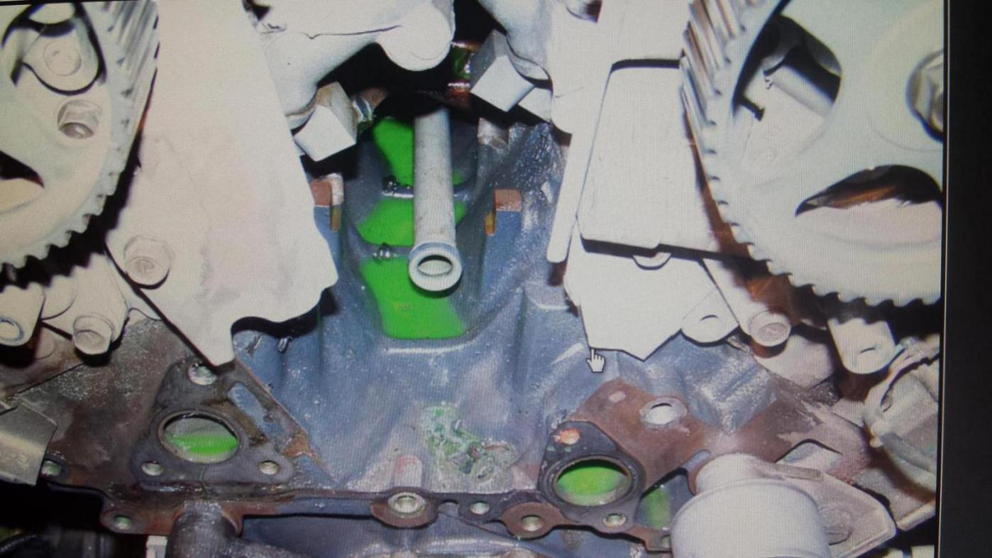 Coolant Leaking Kia Forum Sedona Reservoir Click Image For Larger Version Name 20150908 185108 1442079640357 Views 424 Size 1252