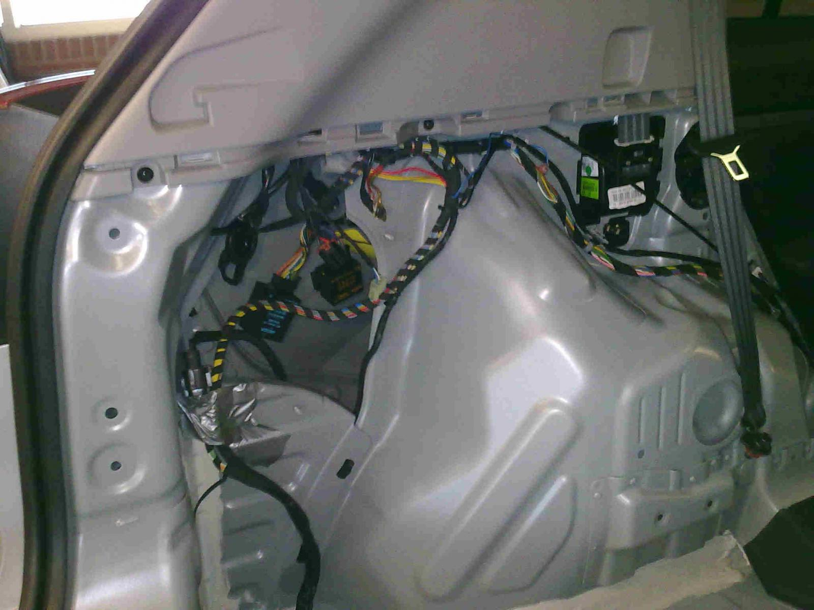 7083d1295882983 towing 28122010148a towing page 2 kia forum kia sportage trailer wiring harness at bakdesigns.co