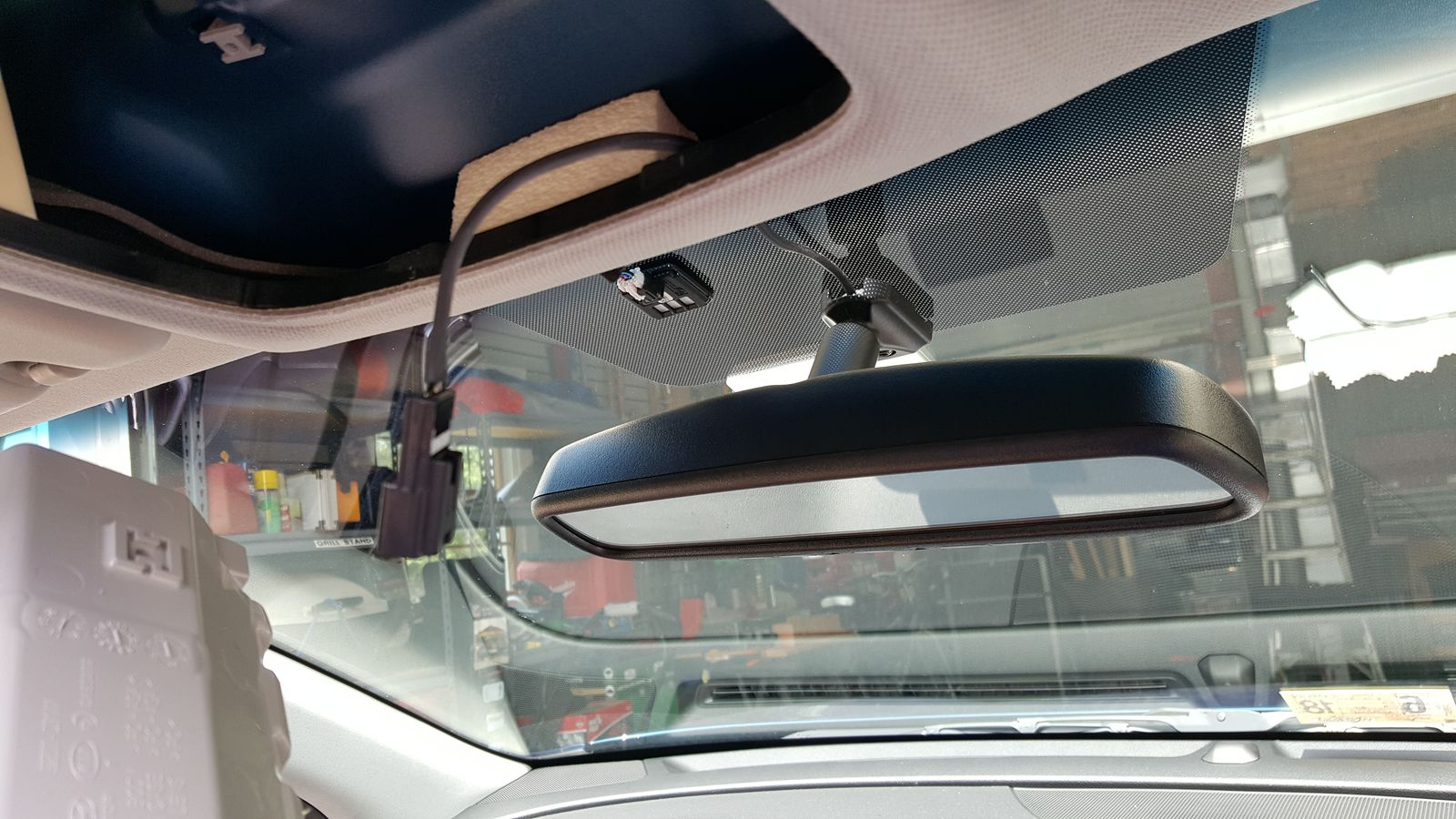 Replacing rearview mirror with Homelink and Compass-4-new-mirror-wiring.jpg