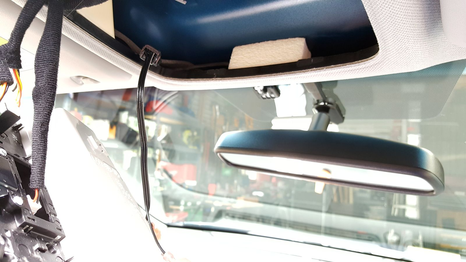 Replacing rearview mirror with Homelink and Compass-8-wiring-left.jpg