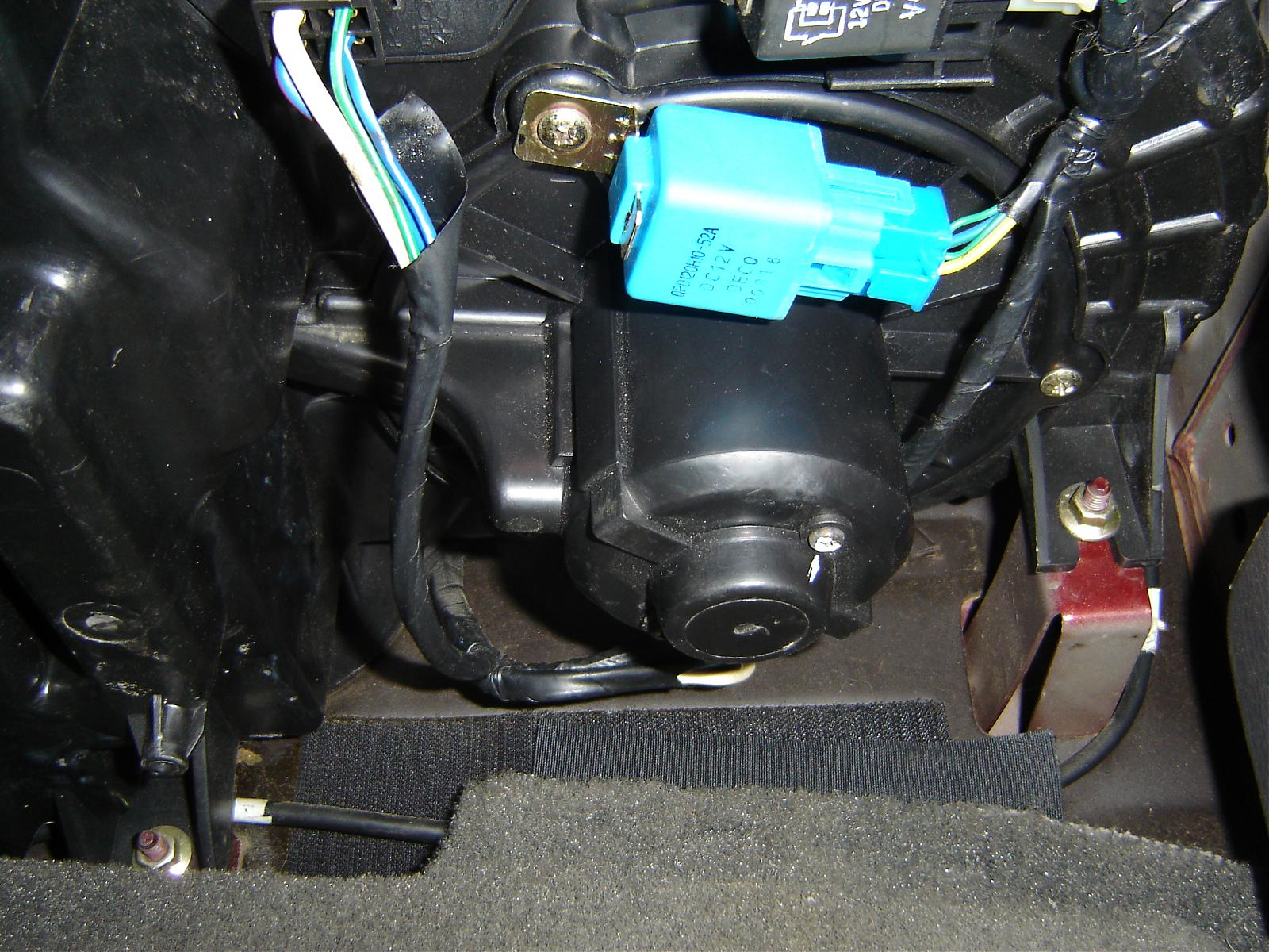 2001 Kia Spectra Battery