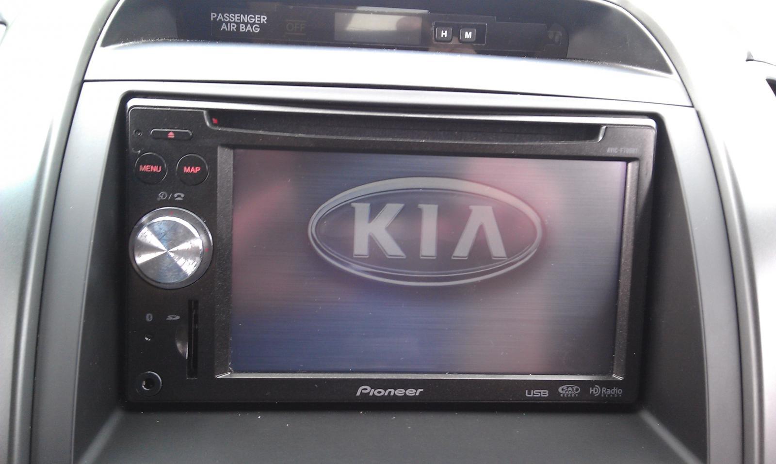 9497d1317128521 my radio install imag0026 my radio install kia forum 2007 kia sorento radio wiring harness at reclaimingppi.co