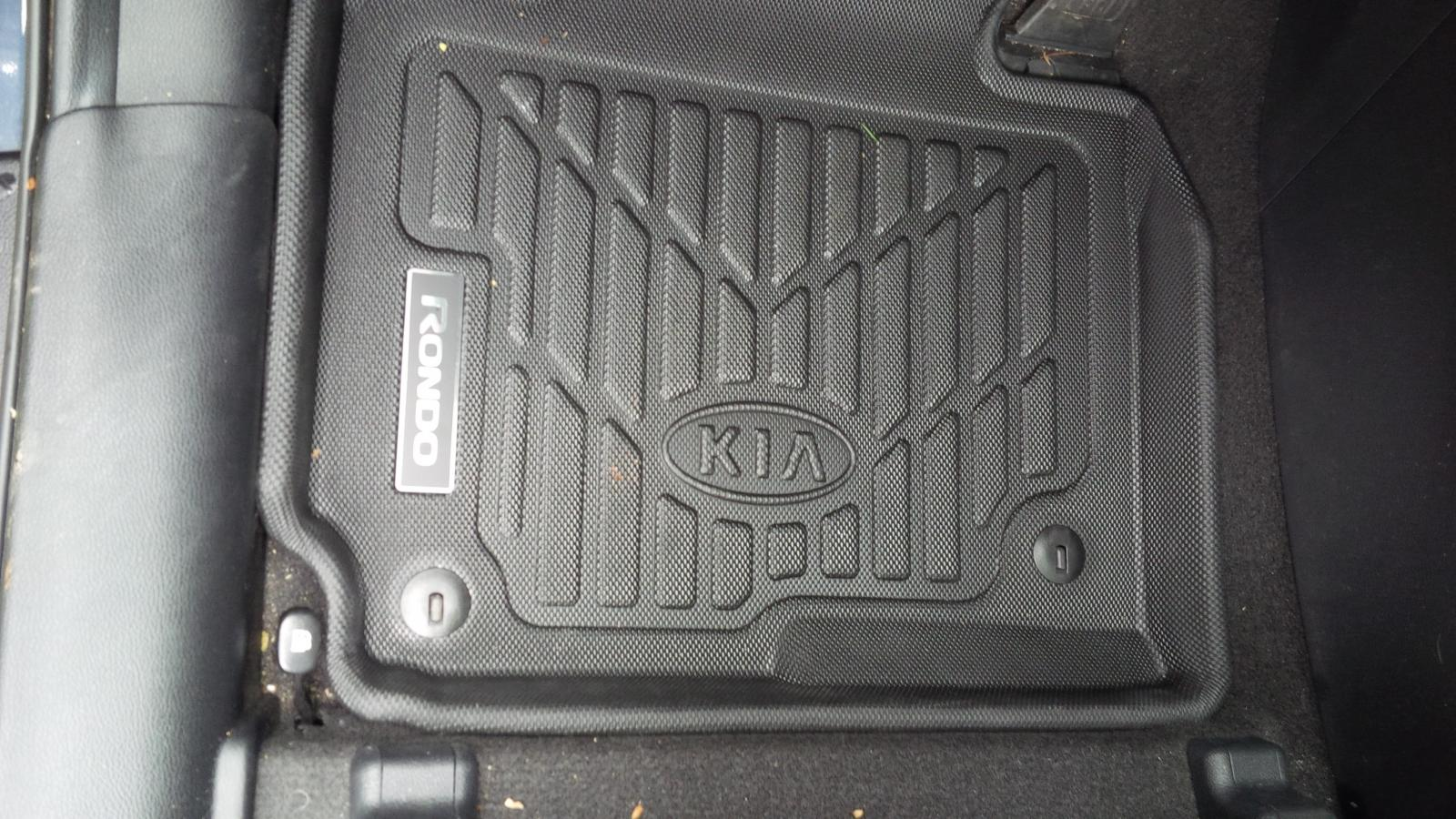 Weathertech floor mats kia rondo - Attached Thumbnails