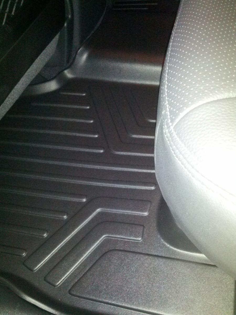 Rubber floor mats 2013 kia sportage -  Click Image For Larger Version Name Img_20121101_180714 Jpg Views 345 Size 107 0