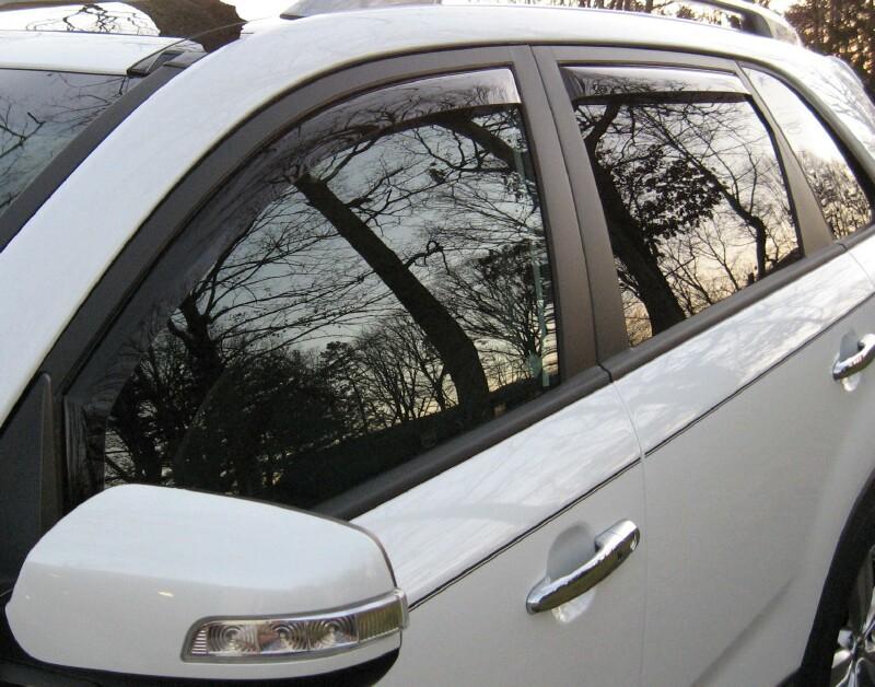 D Weather Tech Vs Oem Side Window Kiawindvisors on 2011 Kia Sorento